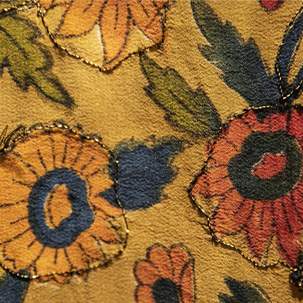"""Kimono """"Dubaï"""", 100% soie, imprimé de fleurs dans les oranges, vertes – Cofur"""